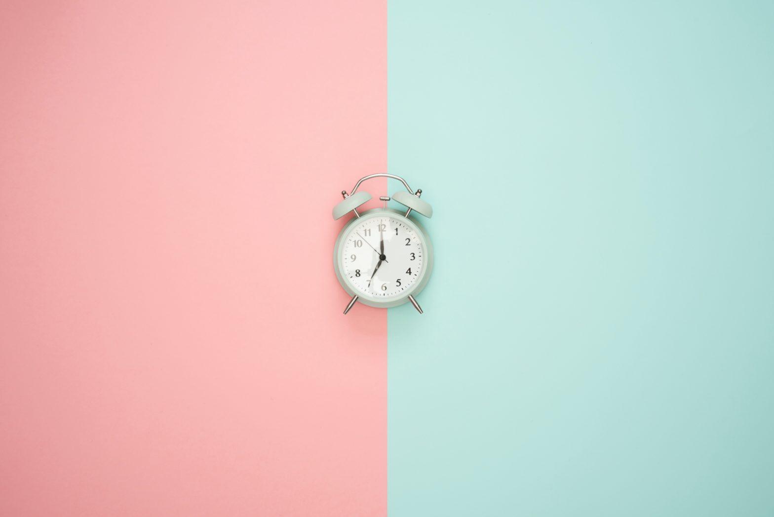 El reloj biológico y la rutina, tus aliados en el control del peso